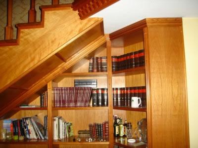 Muebles de todo tipo bajo la escalera jpg - Muebles bajo escalera ...